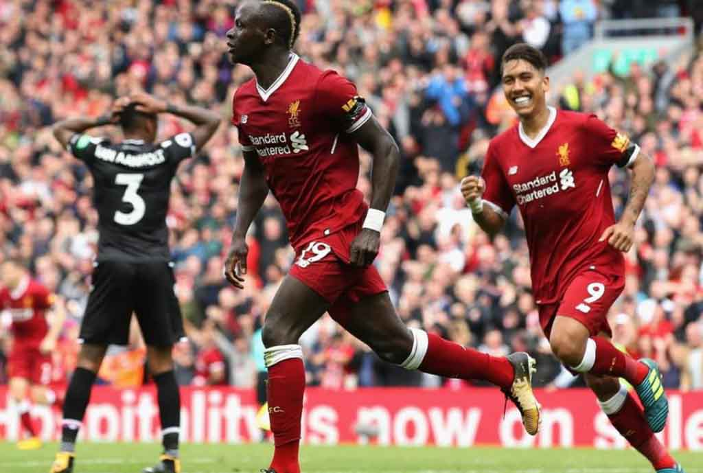 Klopp Hails Reds After Eagles Win