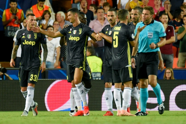 UCL: Ronaldo Sent Off As Juventus Beat Valencia;  United Bayern Win, Lyon Stun City