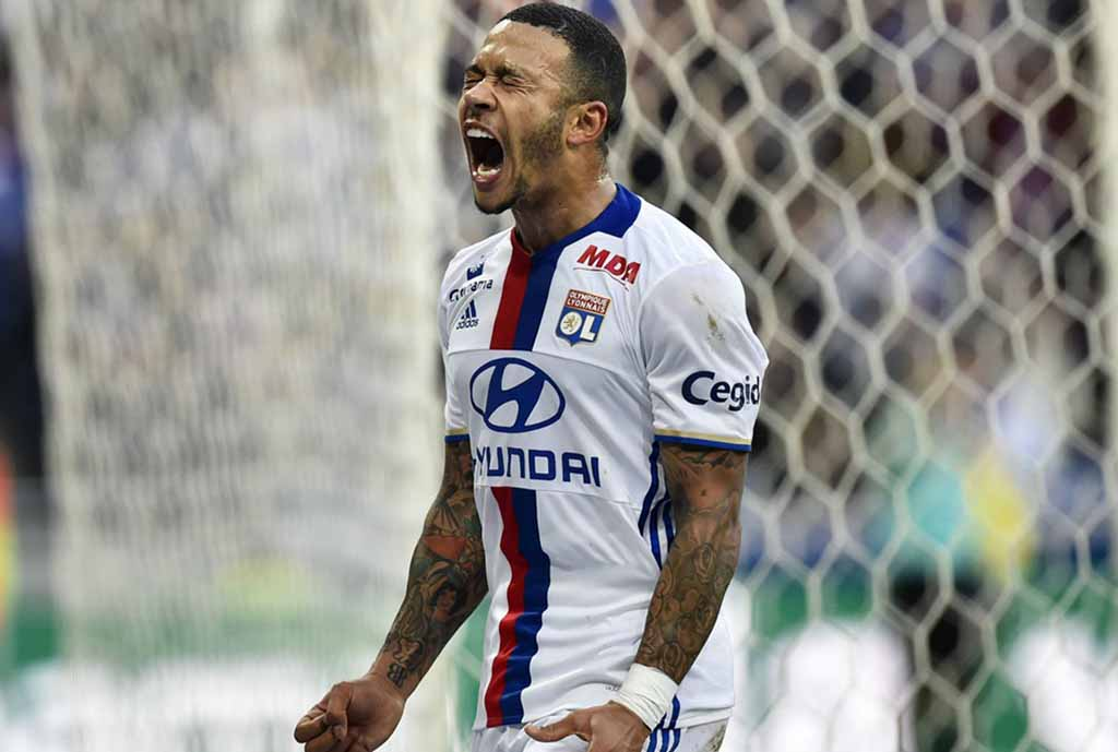 Depay Hints At Lyon Departure