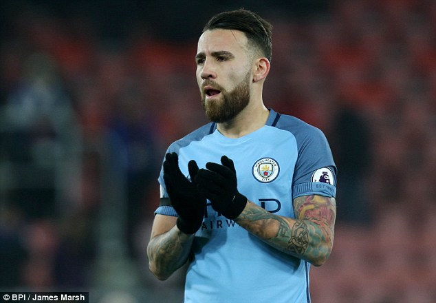 City Offer Otamendi Assurances