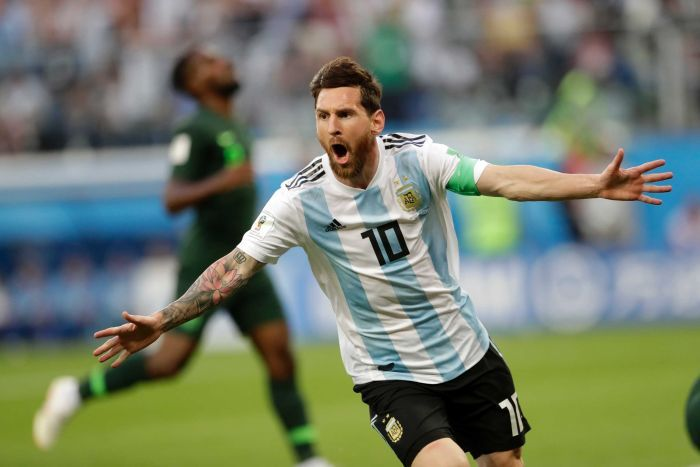Maradona: Messi Should Stop Playing For Argentina