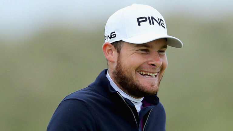 Hatton Leads By One At Dunhill
