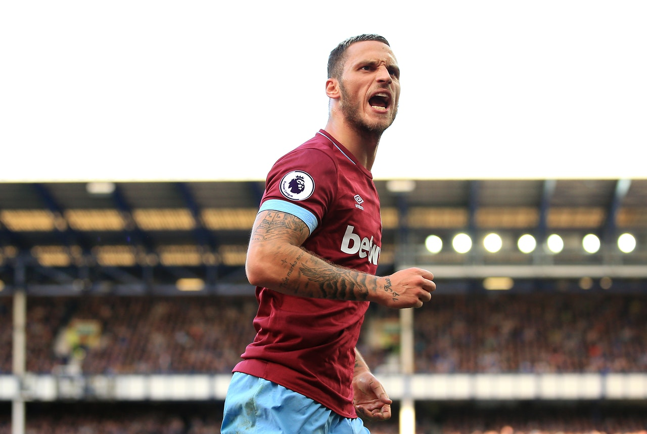 Chelsea Linked With Hammers Swoop