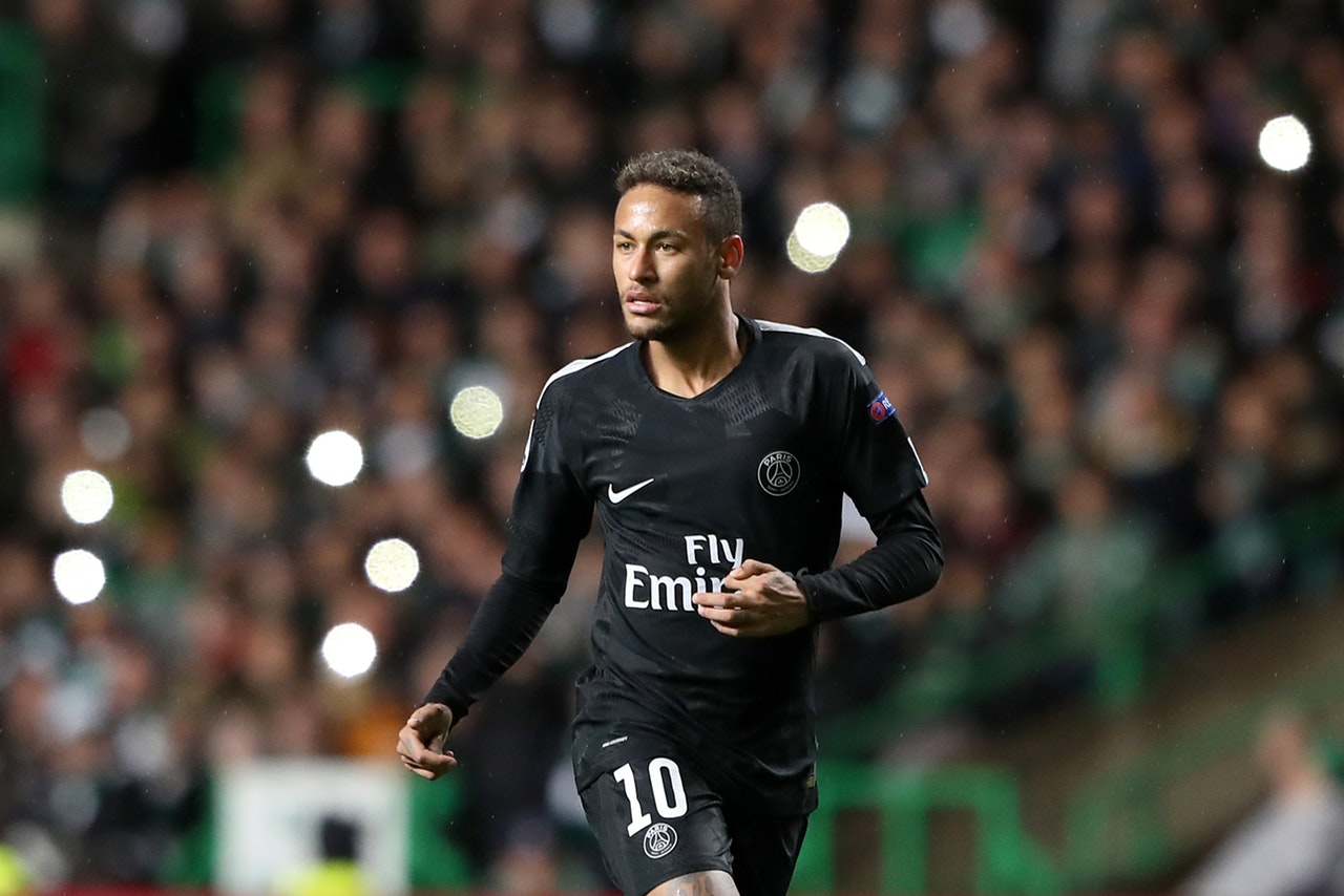 Neymar Talks Up Napoli 'Final'