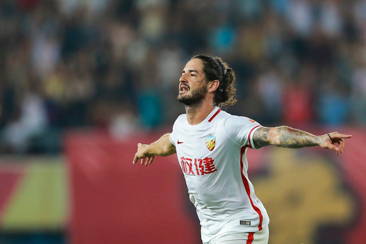 Pato Rejects Talk Of AC Milan Return
