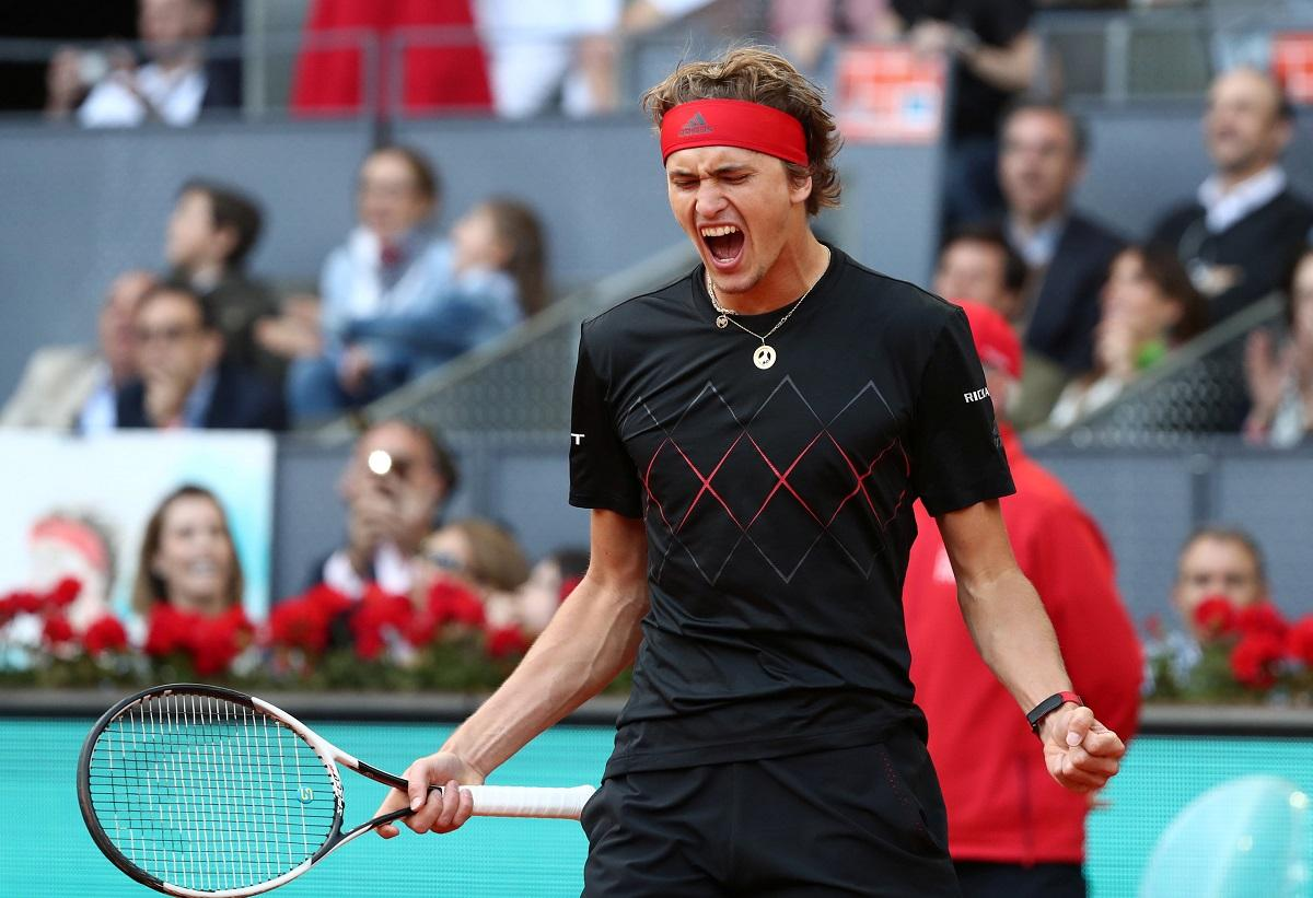 Zverev makes winning start in London