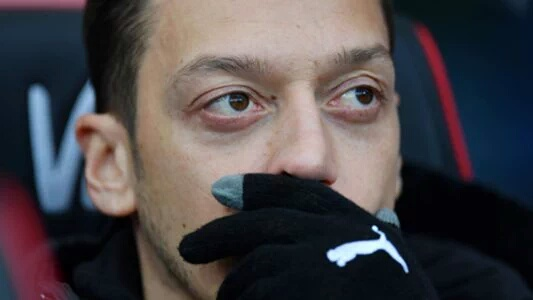 Ozil In Talks With Fenerbahce Over Summer Move