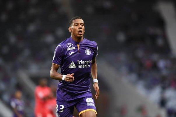Barcelona Watch Toulouse Defender