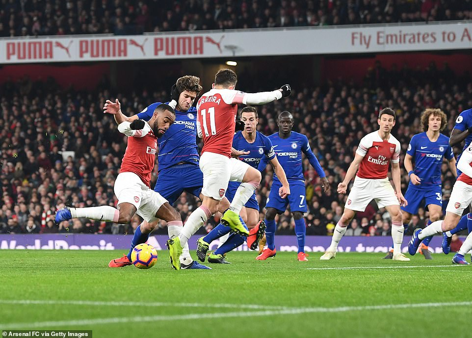 Iwobi Subbed On As Arsenal Pip Chelsea In London Derby