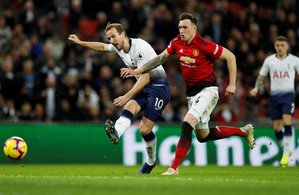 Jones Confirms United Stay Hopes