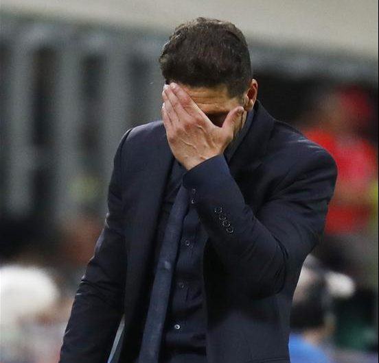 Simeone Sorry For Gesture