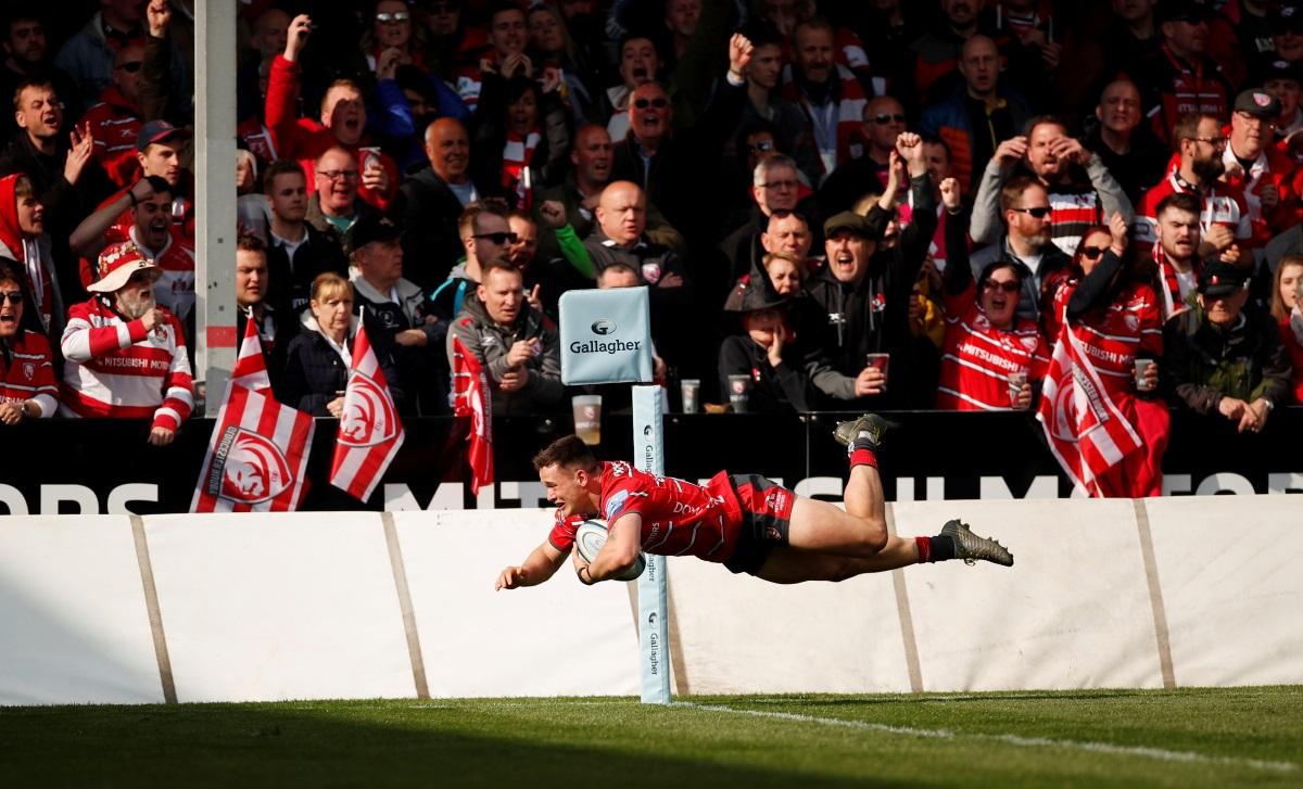 Gloucester Sneak Past Bath