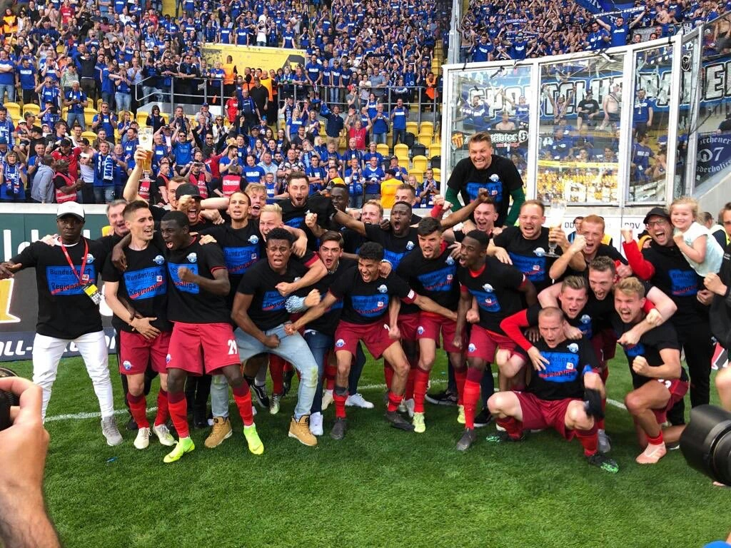 Collins ' SC Paderborn Secure Bundesliga Promotion Despite Defeat To Dynamo  Dresden