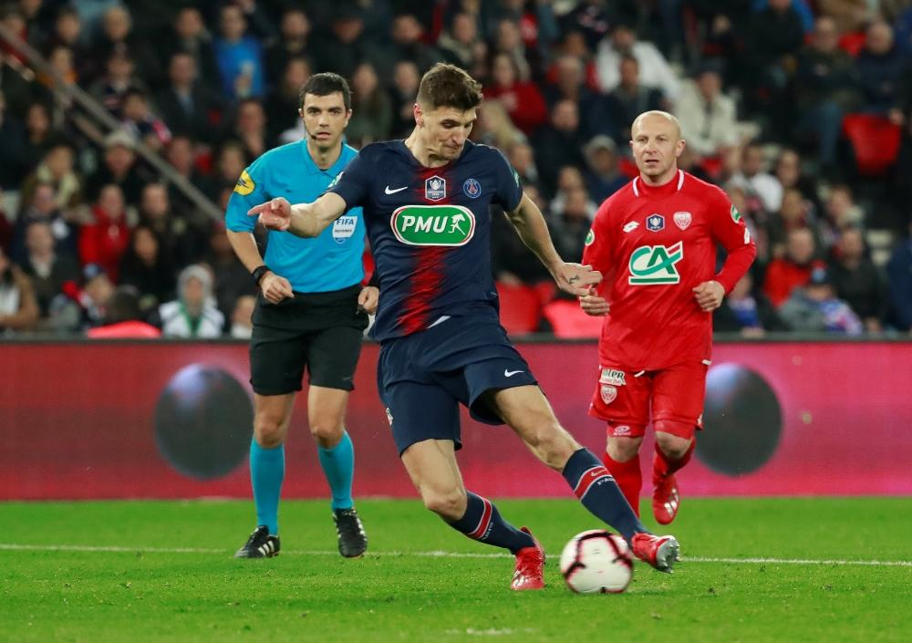 Gunners Linked With Meunier Swoop