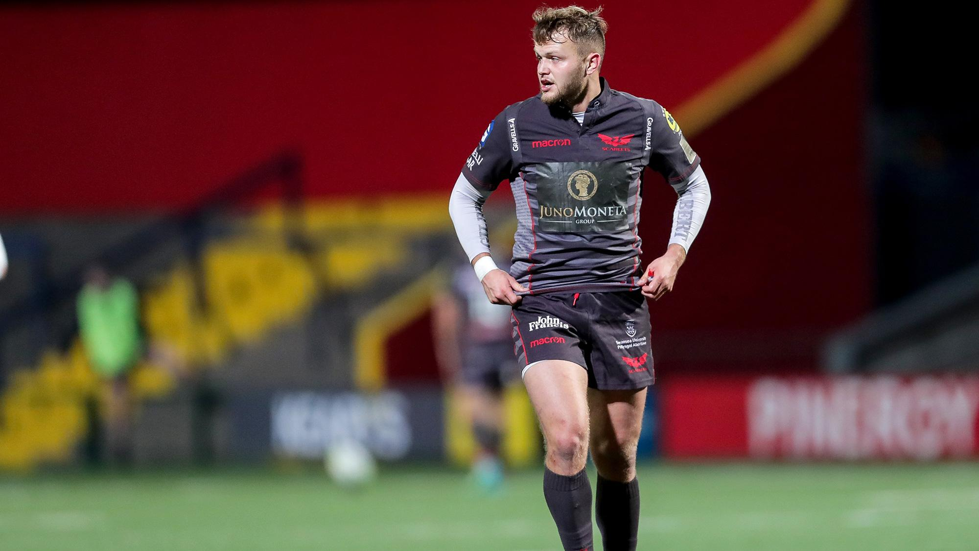 Scarlets Trio Commit To Fresh Terms