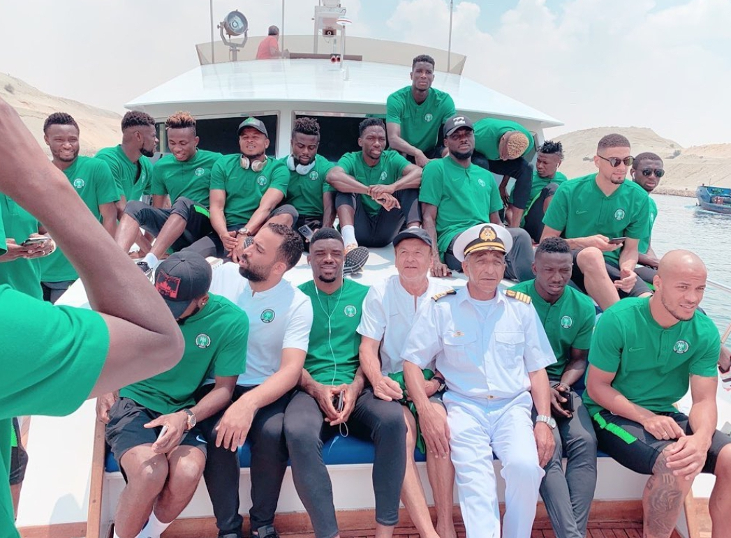 Super Eagles Unwind; Enjoy Boat Cruise In Ismailia Ahead AFCON 2019