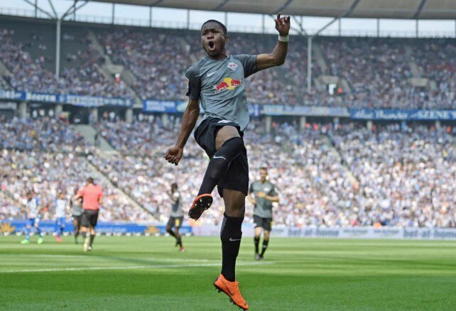 Lookman Thanks Teammates,  Everton Fans After RB Leipzig Switch