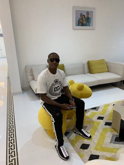 odion-ighalo-dolce-and-gabbana-shanghai-shenhua-super-eagles-fans