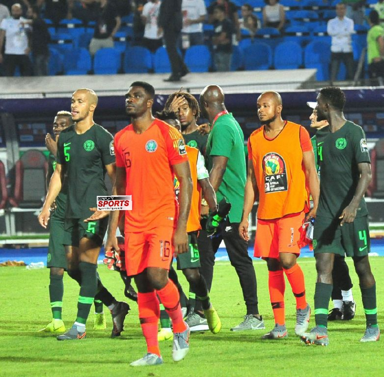 Akpeyi: Losing To Algeria Through Late Goal Disappointing; Eagles' Future Bright