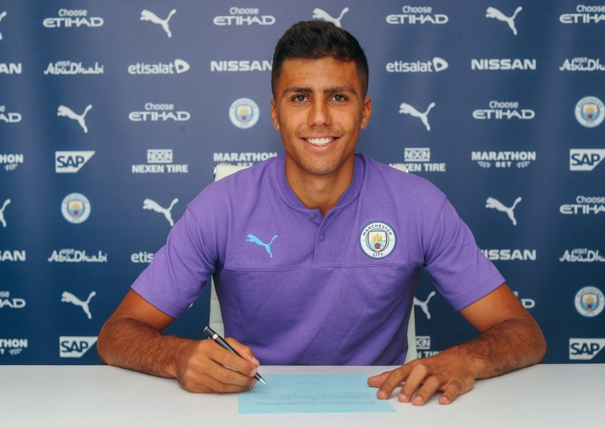 Spain Midfielder Rodri Completes City Move