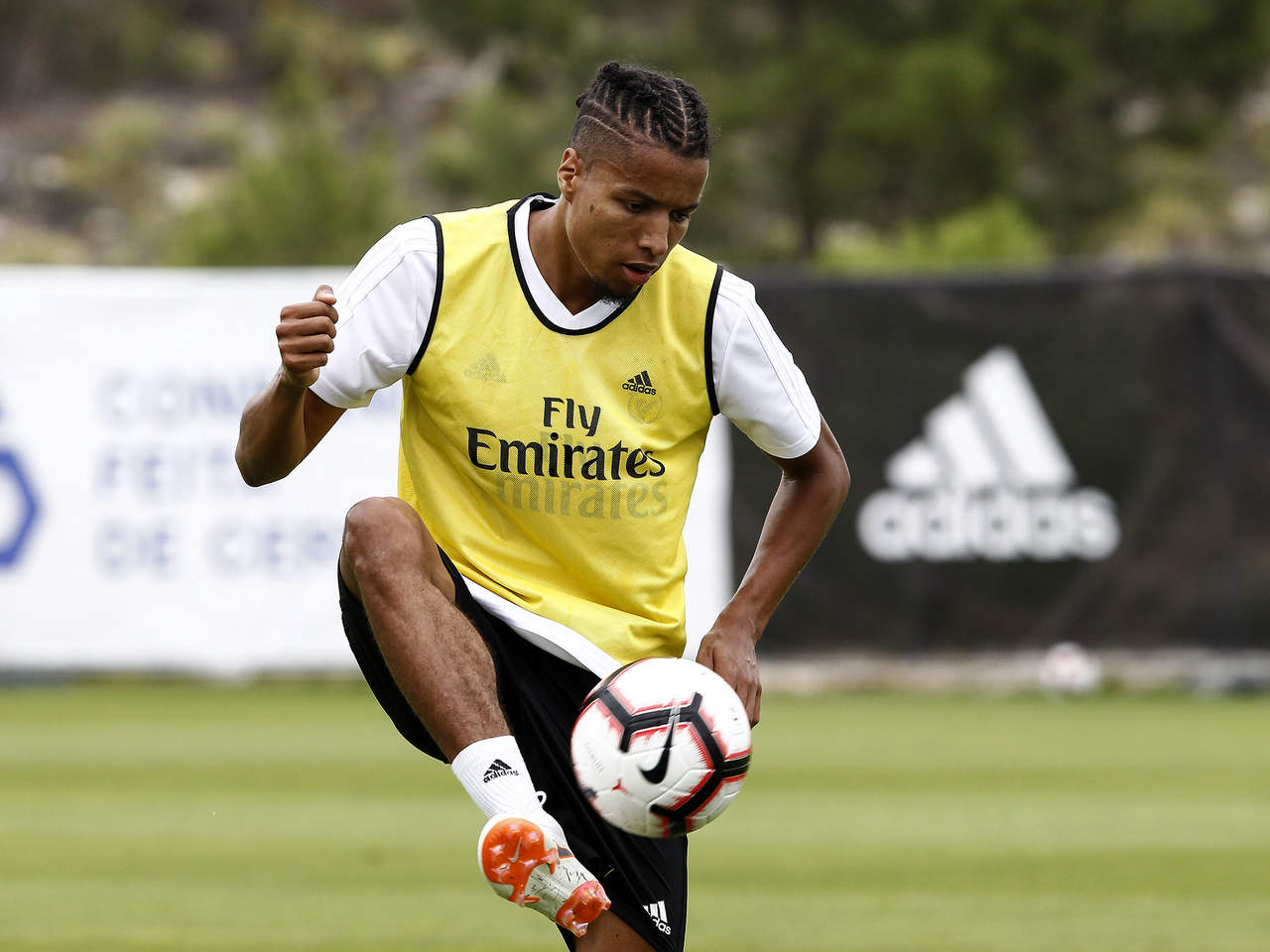 Benfica Confirm Ebuehi Out Of Eagles friendly Vs Ukraine Over Injury