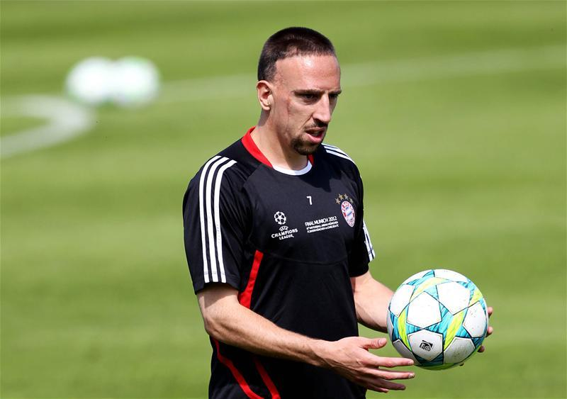 Ribery Completes Viola Move