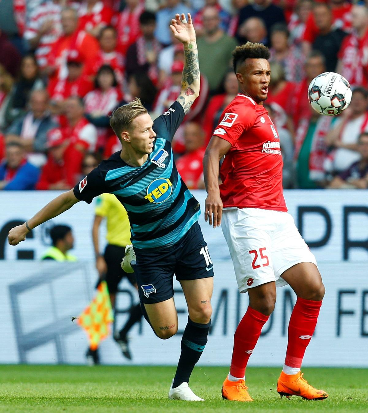 Toffees Close In On Gbamin Deal