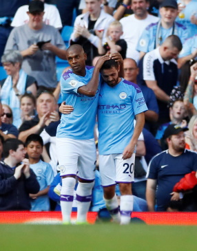 Guardiola Jumps To Silva Defence After Mendy Tweet