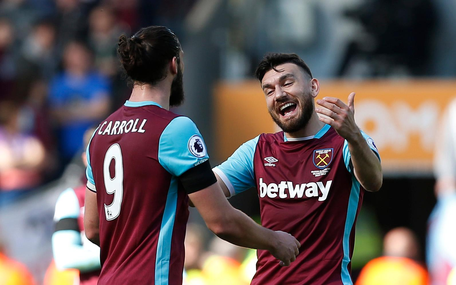 Snodgrass Happy To Play Supporting Role