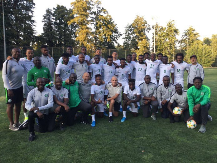 Super Eagles  Official Finally  Receive Visas, Off To Singapore
