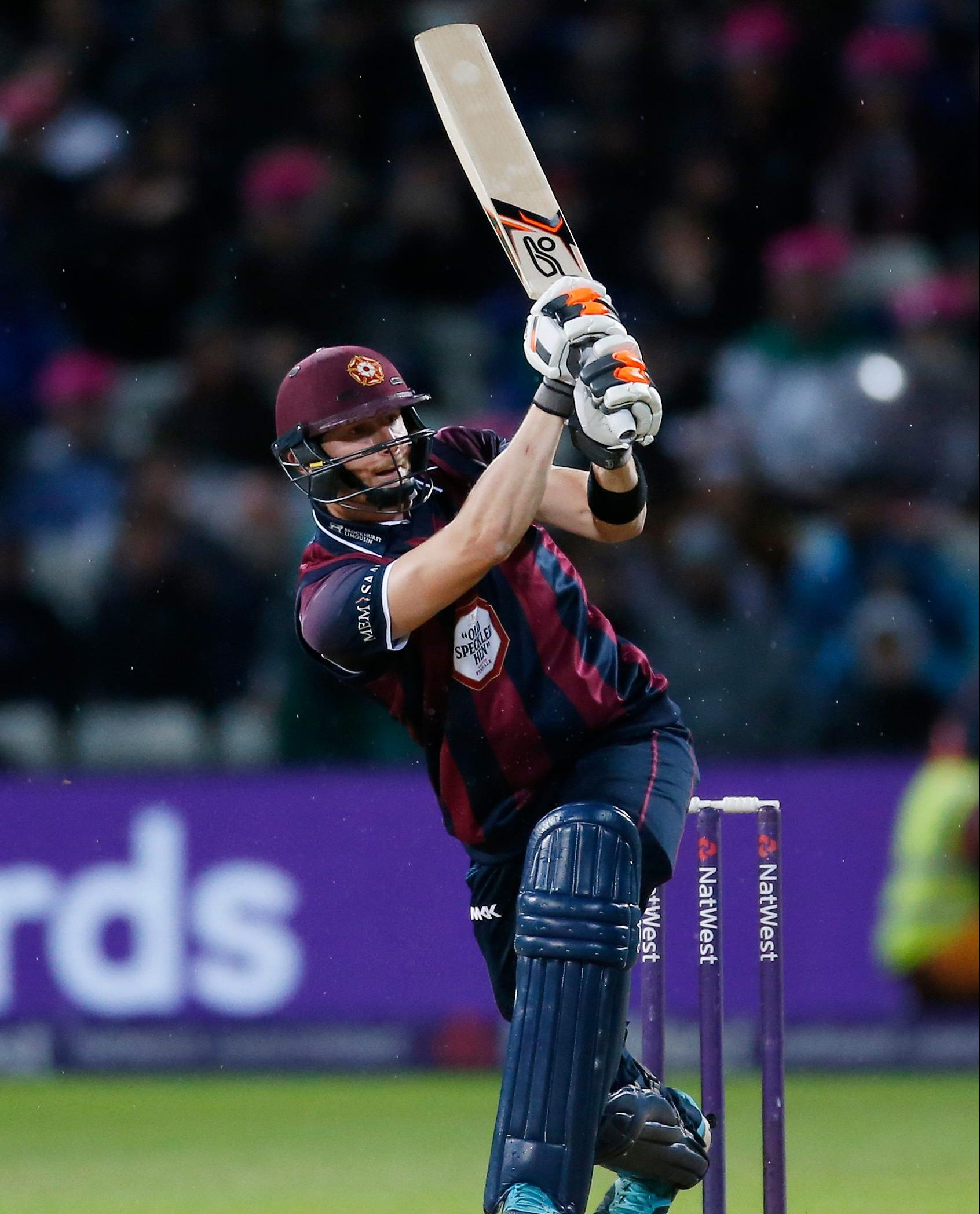 Keogh Pens New Northants Deal
