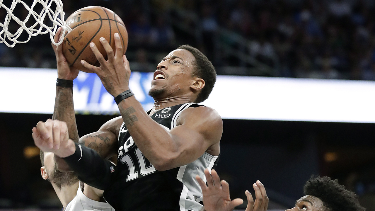 Spurs And DeMar DeRozan Will Host The Wolves  At The AT&T Center