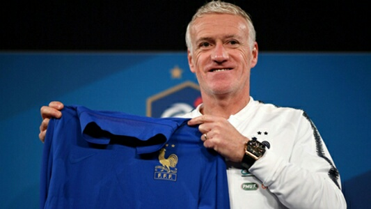 Deschamps Signs Contract  Extension With France Through 2022
