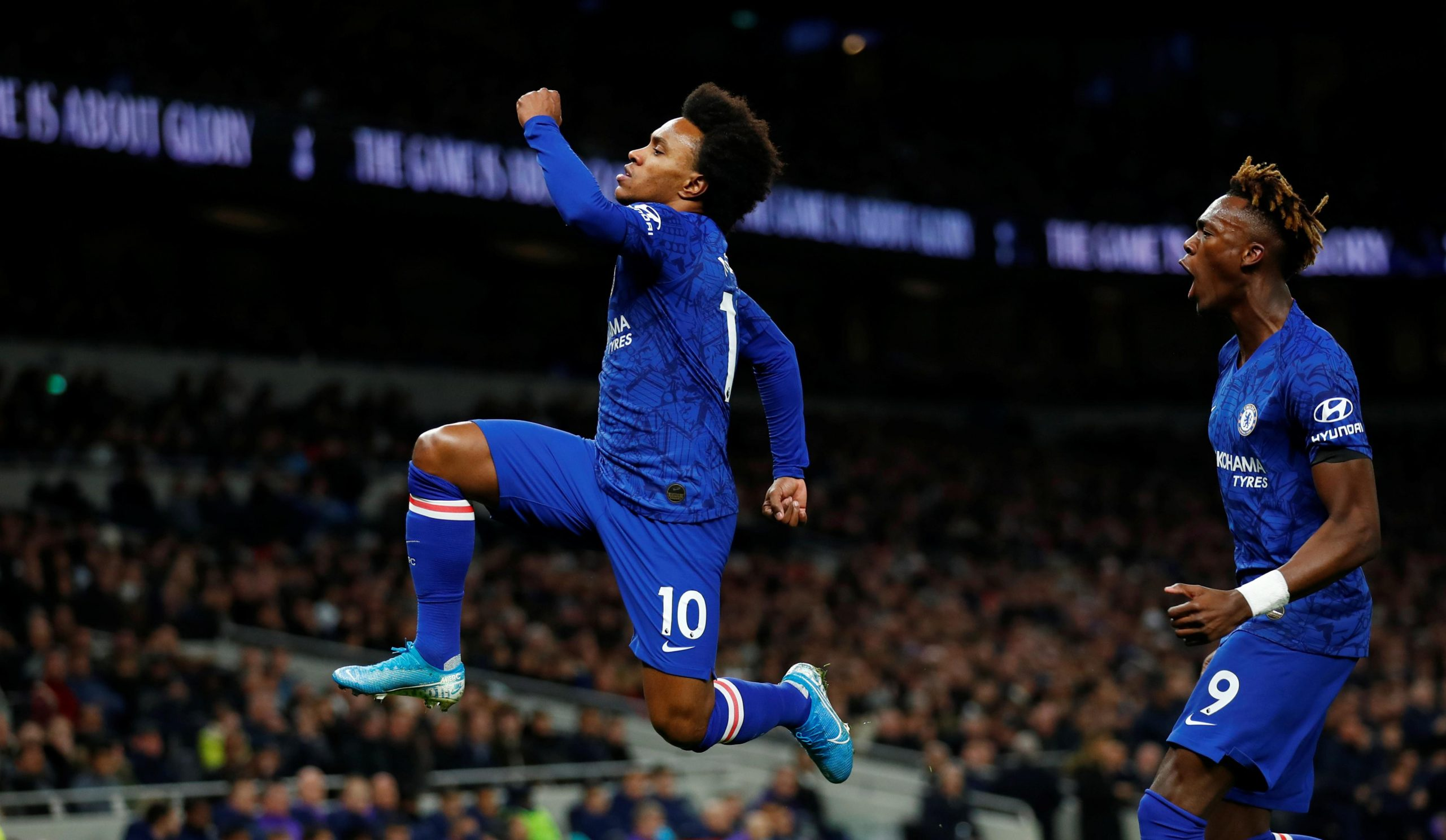 Willian Bags Brace As Chelsea Beat 10-man Tottenham Hotspur