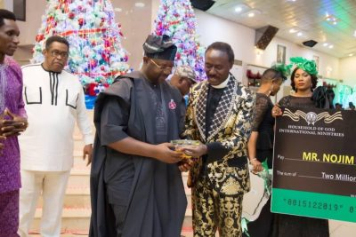 nojeem-maiyegun-karis-award-household-of-god-church-karis-award-reverend-chris-okotie-sunday-dare-minister-of-youth-and-sports