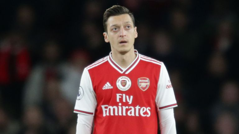 Ozil To Remain At Arsenal Until 2021