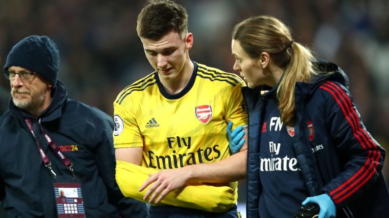 Arsenal Defender Tierney Out For Three Months With Dislocated Shoulder