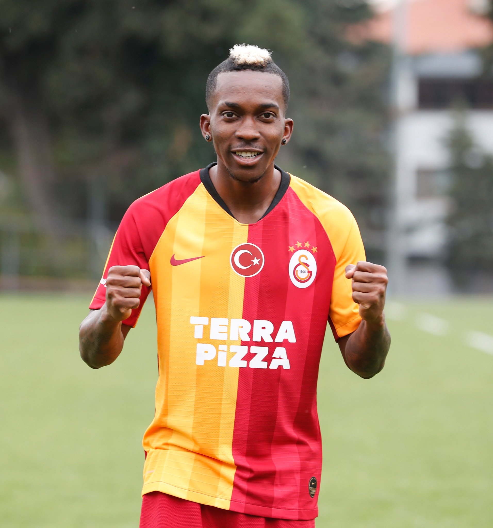 Galatasaray Congratulate Onyekuru On The Birth Of His Second Child