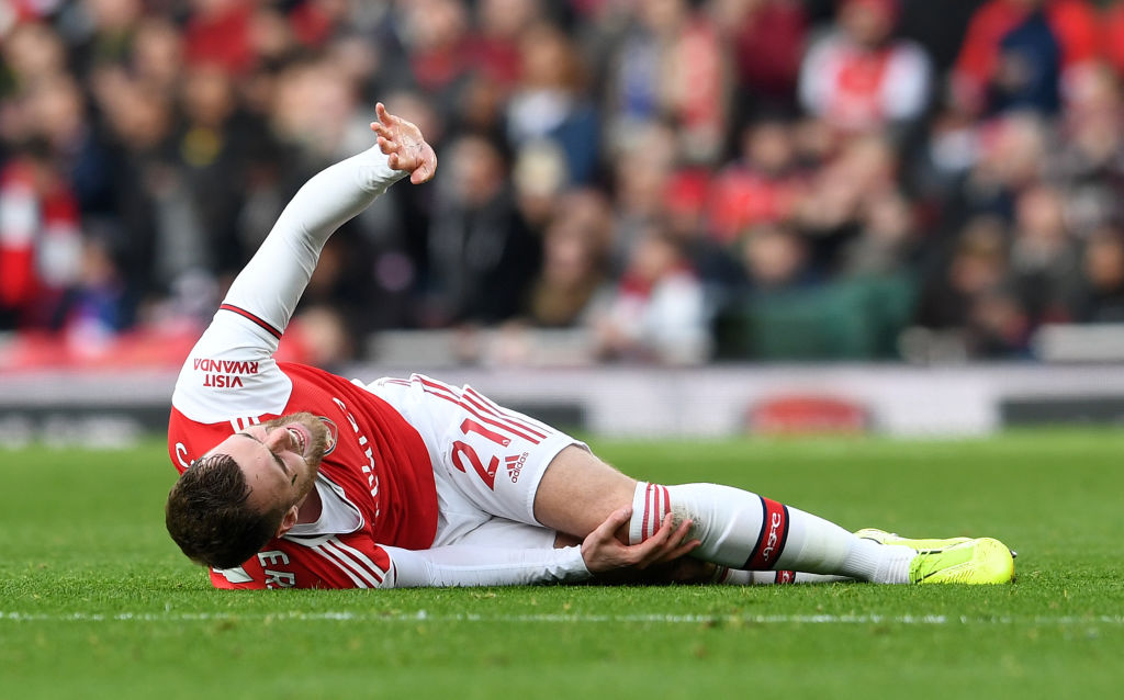 Arsenal Defender Chambers Out For Nine Months With Ligament Injury
