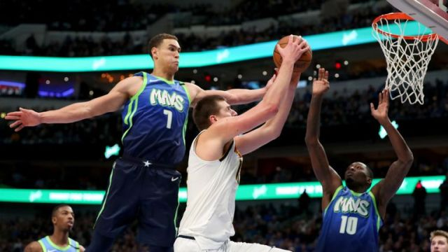 Nikola Jokic Beats The Game Clock With An Amazing Shot As Nuggets Beat Mavs 107-106 On The Road