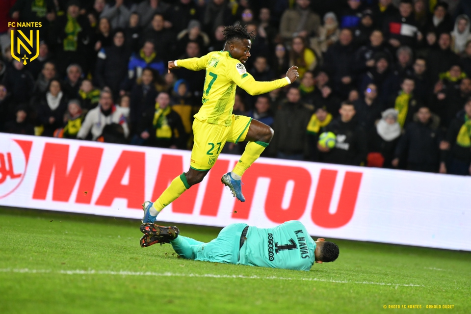 Nantes Coach Gourcuff Labels Simon Huge Threat To Defenders