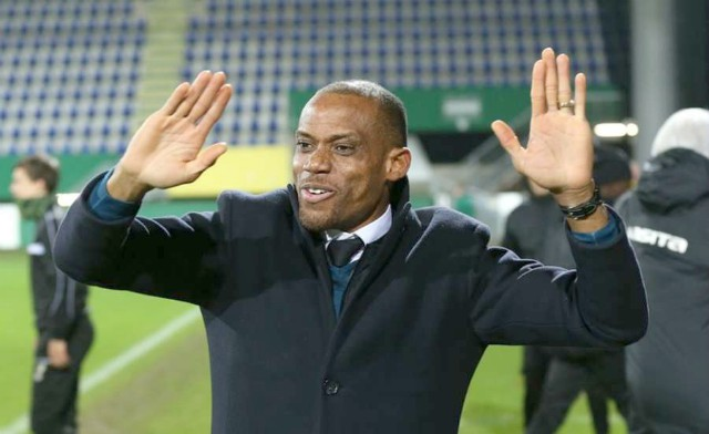 Oliseh Clarifies Statement On Super Eagles Coaching Job; Says 'I Will Never Abandon My Country'