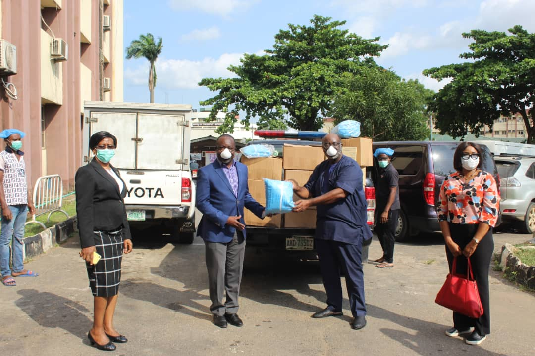 NFF Donates Face Masks, Hand Gloves, PPE Covers To Lagos State Govt.