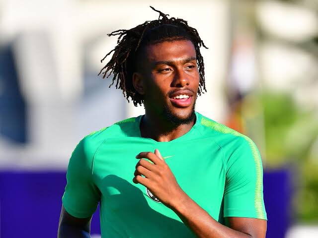 NFF, CAF, Everton Send Birthday Wishes To Iwobi Who Turns 24