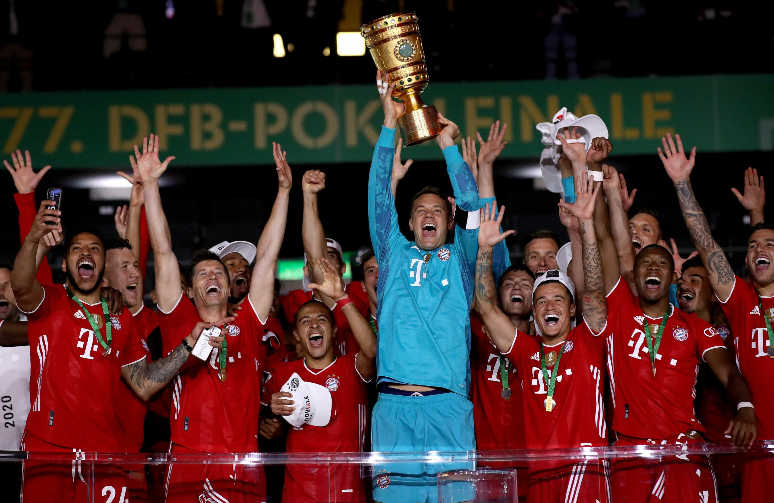 Lewandowski passes 50-goal mark as Bayern win 20th German Cup