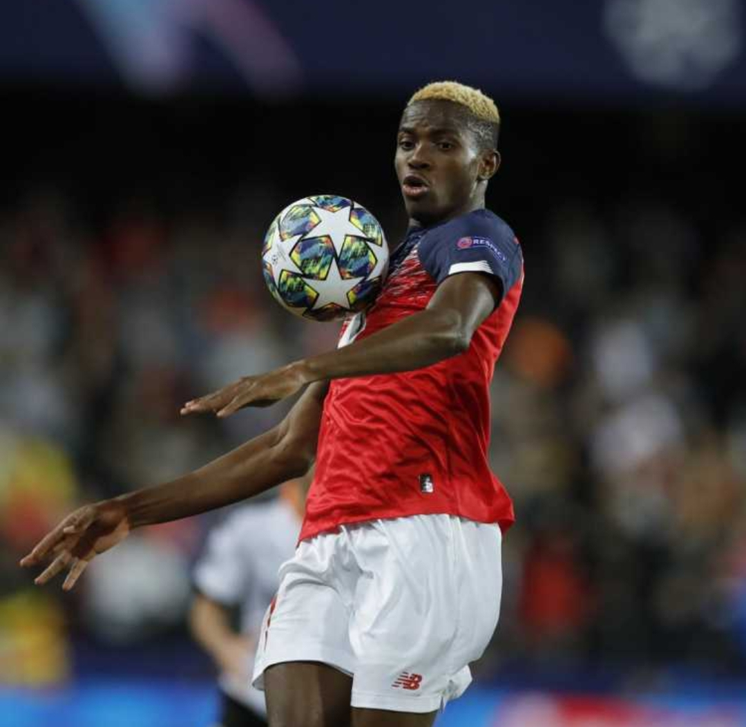 Napoli Step Up Offer In Final Bid To Beat Liverpool, Man United To Osimhen's Signature