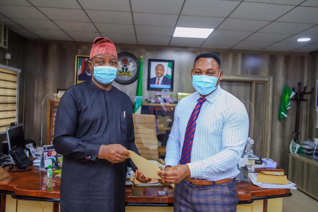 President Buhari Appoints Amokachi Special  Assistant On Sports