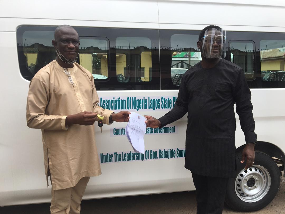 Governor Sanwo-Olu Presents New 18-Seater Bus To Lagos SWAN