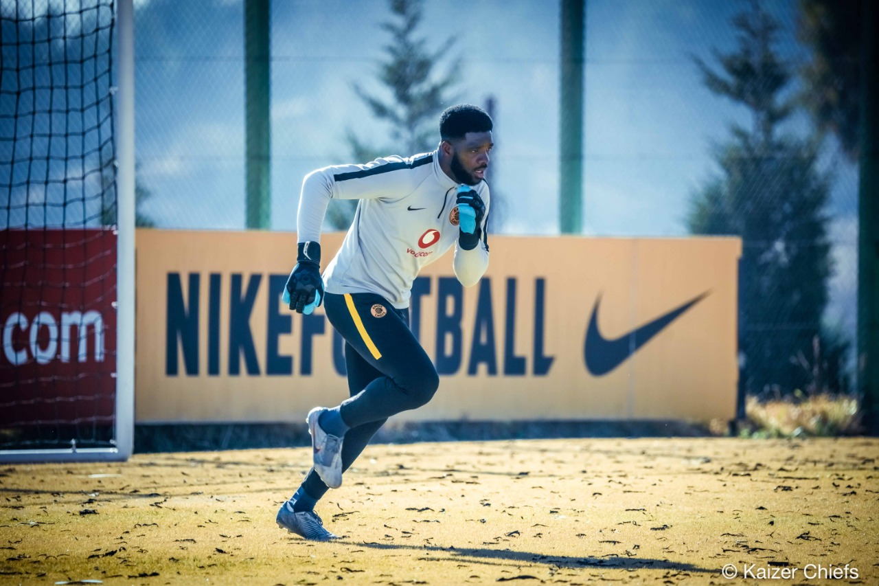 Akpeyi Continues Chase For 1st PSL Title As Kaizer Chiefs, Celtic Clash