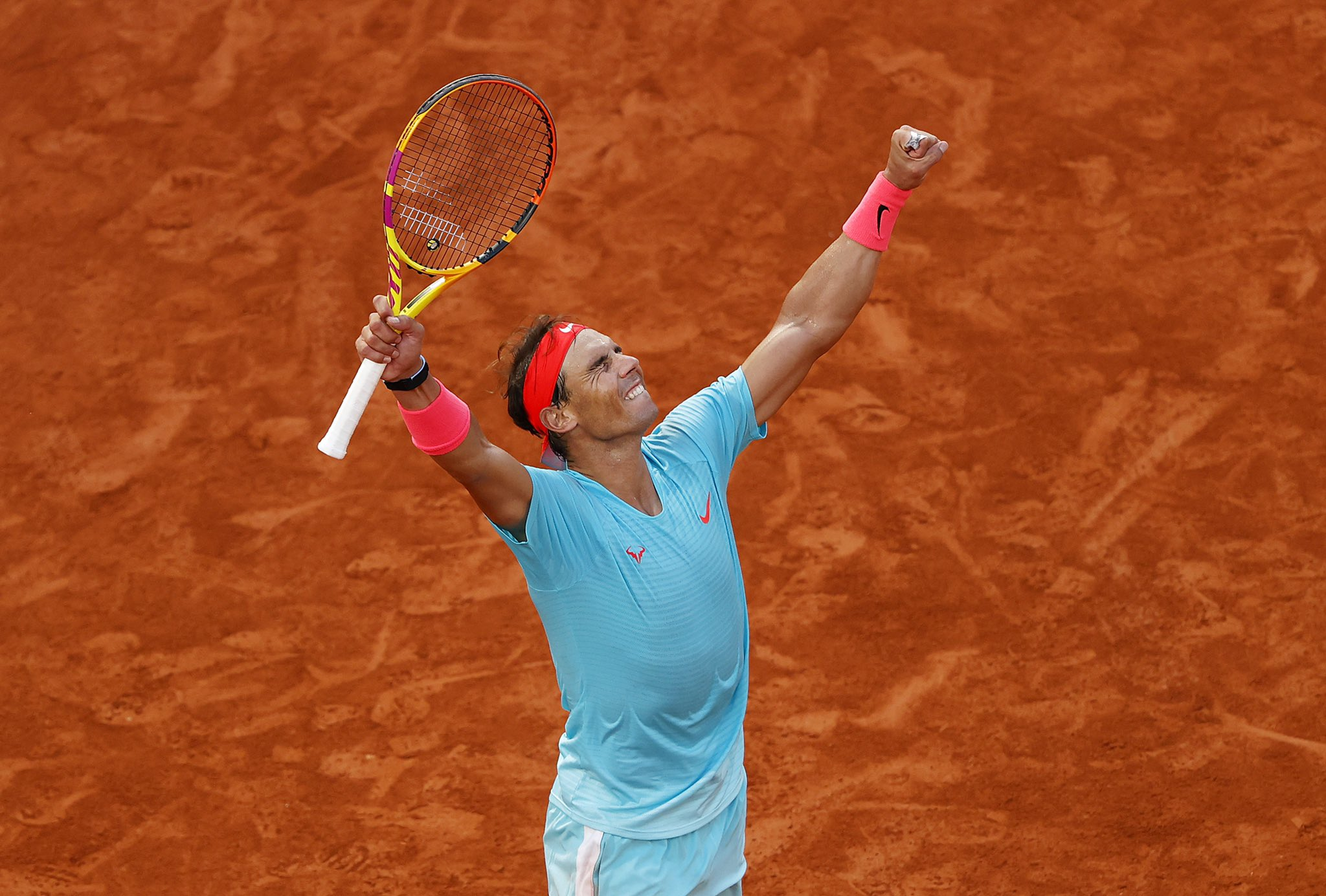 Nadal Outclasses Djokovic In French Open Final, Equals Federer's Grand Slams Wins